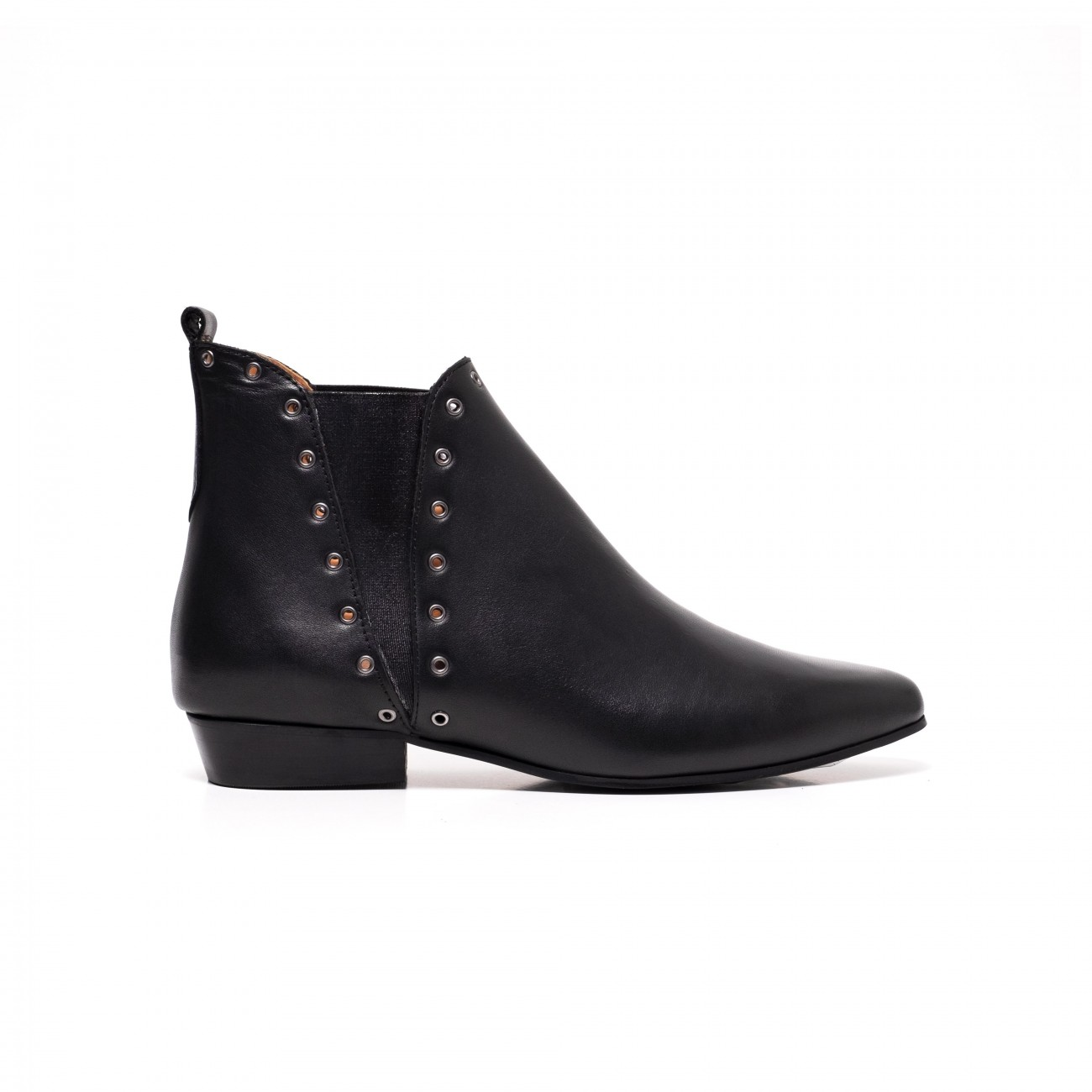 Rita eyelets black calf leather