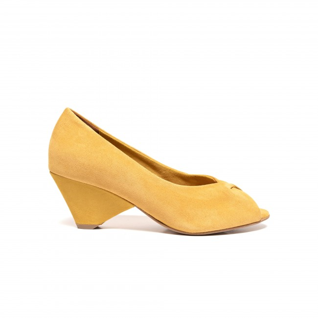 Luna suede yellow