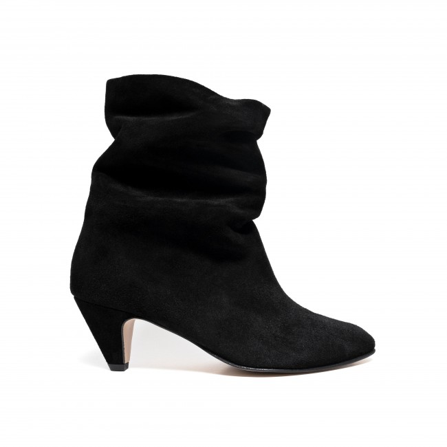 Vully 50 Stiletto Calf suede Black